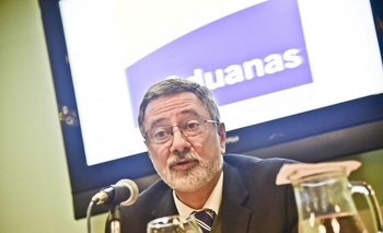 Director nacional de Aduanas Enrique Canon