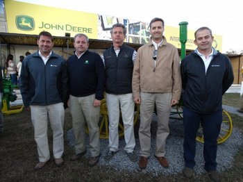 <p>Javier Zarich, Mariano Della Horra, Federico Dold, Diego Bucci y Gualberto Muñoz.</p>