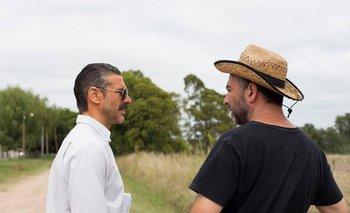Leonardo Sbaraglia y el director Israel Adrián Caetano en el rodaje de <i>El otro hermano</i><br>
