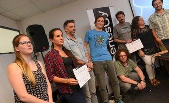 Los ganadores del fondo SeriesUY junto a los receptores de la mención especial.