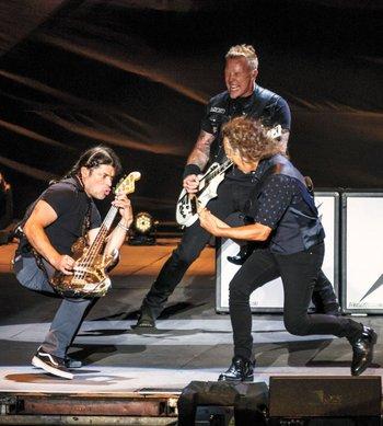 Metallica ofreció uno de los show más completos y el más convocante de la primera jornada.