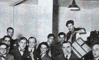 Botana en los talleres del diario Crítica, 1927.