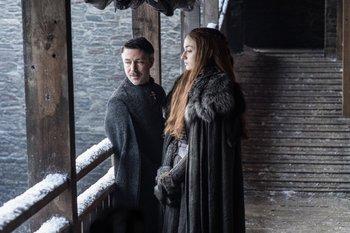 """Tras su vuelta a Invernalia, Sansa Stark se erigirá en una de las mandatarias del Norte de Poniente, gracias a los manejos de Petyr """"Meñique"""" Baelish"""