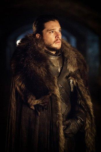 Jon Snow abandonó la Guardia de la Noche para volver a Invernalia, desde donde enfrentará a los caminantes blancos