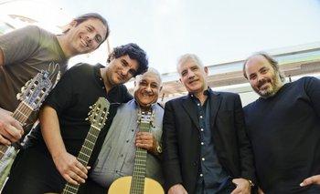 El elenco de Tango & Rock & Roll: Guzmán Mendaro, Poly Rodríguez, Julio Cobelli, Gabriel Peluffo y Christian Cary