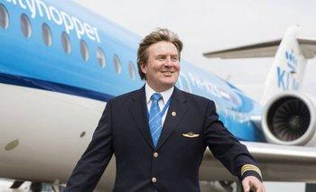 """El rey Guillermo de Holanda, con el uniforme de KLM. <br><div><div itemprop=""""author"""" itemscope="""""""" itemtype=""""https://schema.org/Person""""><div><br></div></div></div>"""