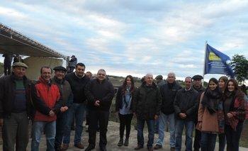 Directores del escritorio y de La Palma, con representantes de Estancias del Lago y del BROU