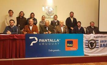 Representantes de los criadores de Angus, de Pantalla Uruguay, de Itaú y de Estudio 3000