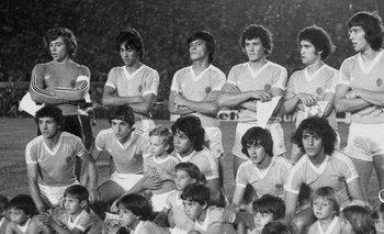 El equipo de 1979 con Fernando Álvez en el arco