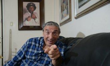 """""""Ya me vacuné. Ahora faltan todos ustedes"""", dice Cacho de la Cruz en el video"""
