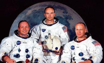 "Neil A. Armstrong, Michael Collins y  Edwin E. ""Buzz"" Aldrin, Jr."