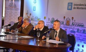 Ministro Aguerre e intendente Martínez encabezaron acto de llamado a licitación de parque agroalimentario