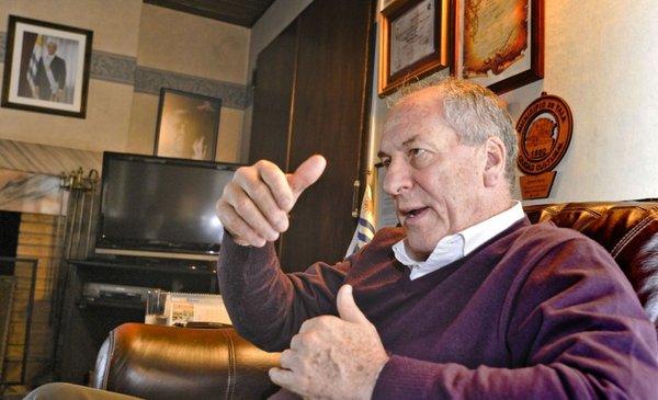 Ministro Murro evitó meterse en acusaciones a diputado del MPP por Envidrio