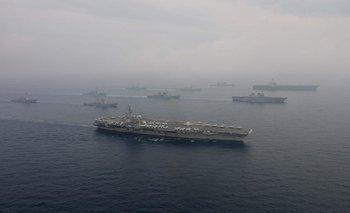 Ejercicios estadounidenses y japoneses en el Mar de Japón (también conocido como Mar del Este)