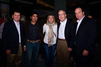 Alvaro Venturini, Dario Torres, Leticia Fontes, Sam Alem y Antonio Carrere