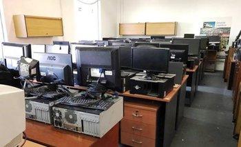 <p>Equipos informáticos y mobiliario de oficina que será rematado por Bavastro </p>