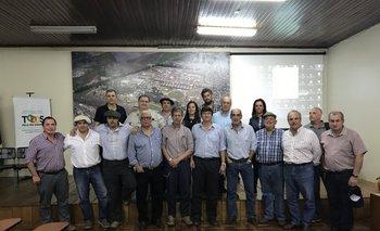 Destacada presencia uruguaya en la actividad que hubo en la sala de conferencias de Expointer.