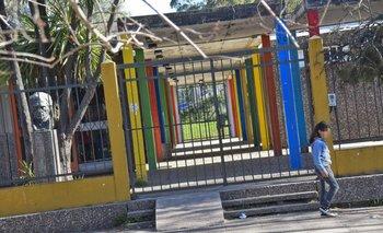 "<b>Escuela Nº 251 ""General Fructuoso Rivera"" en donde una madre agredió a la maestra</b>"