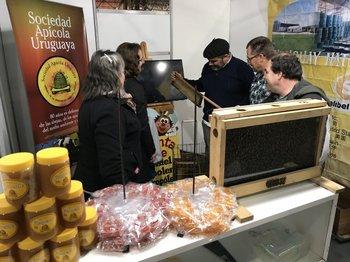 El stand de la SAU está en el Paseo de Compras de la Expo Prado.<br>