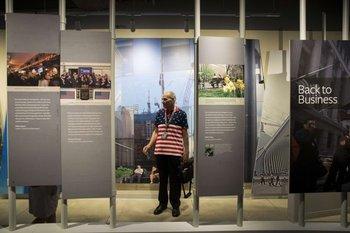 EL museo de tributo al 9/11 es visitado por Anthony Palmieri, un trabajador activo el día de los atentados.