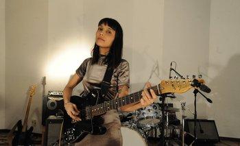 Alfonsina en el estudio Overhead, donde grabó su disco <i>Pactos</i>.