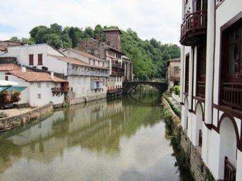 """<div dir=""""ltr"""">Saint Étienne de Baïgorry</div><div><br></div>"""