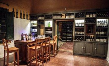 Bodega Campotinto de Carmelo inauguró sala de degustación en una vieja casona de campo