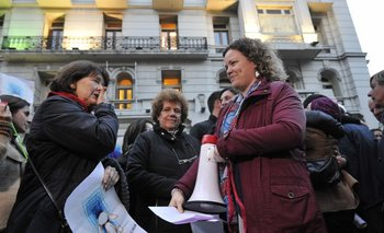 Cientos celebraron la decisión de la Suprema Corte de postergar el viaje de María y su hija.