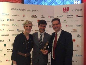 <b>Agustín Dieste en la premiación en Londres</b>