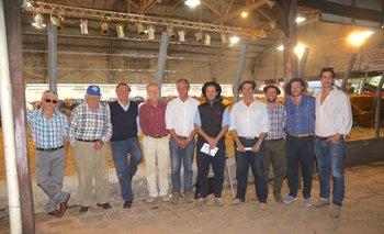Integrantes de la cabaña y del escritorio este lunes en Salto
