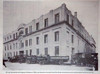 Cervecerías del Uruguay -actual FNC- en 1922