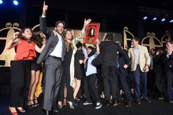 El equipo de Publicis Impetu junto al premio a Agencia del Año. FOTOS F. PENA<br>