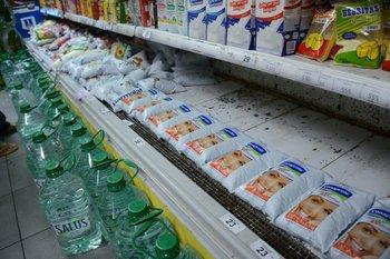 La escasez de leche en las góndolas comenzó a revertirse este lunes<br>