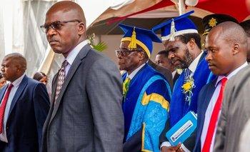 Mugabe, durante un acto en la Universidad Abierta de Zimbabwe, hoy por la mañana.