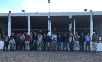Integrantes de las cabañas y de los escritorios este sábado en Minas