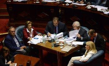 Varios ministros estuvieron en el Parlamento en diciembre