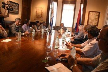 Grermiales del agro se reúnen  nuevamente este lunes con el presidente Vázquez