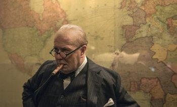 Las horas más oscuras es protagonizada por Gary Oldman, nominado a Mejor Actor en los Oscar