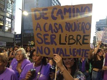 Las Pancartas Que Se Vieron En La Marcha De Mujeres