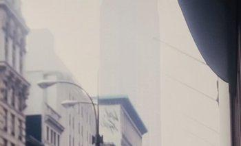 <div>Nueva York</div><div><br></div><div>Carlos Páez Vilaró camina por las calles de la capital cultural estadounidense con una escalera y un rollo. Va camino a pintar un mural, una de las formas que tenía de supervivencia en esa ciudad.  </div>