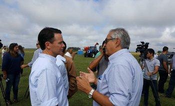 El presidente de la Sociedad Agropecuaria de Cerro Largo, Martín Uría y el ministro Enzo Benech.