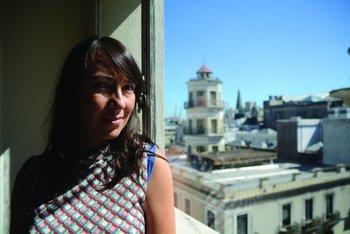 Carolina de León, gerenta de IAB