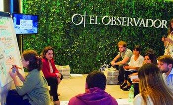 Dinámica en el stand de El Observador en el marco del Building Marketers<br>