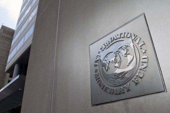 El FMI llama a estimular el crédito hacia los hogares.