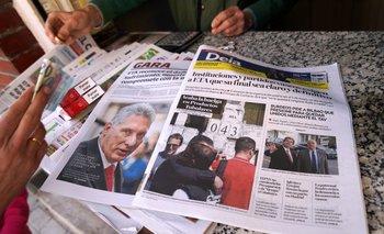 Diario en un quiosco de Portugalete muestra en la portada la declaración del grupo separatista vasco ETA