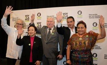 Adolfo Pérez Esquivel, Shirin Ebadi, Lech Walesa, Guillermo Whpei y Rigoberta Menchú