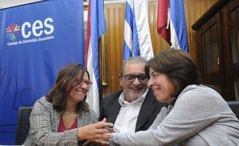 Jueves 3. Ana Olivera asumió como nueva directora de Secundaria en sustitución de Celsa Puente.