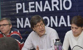 El presidente del Frente Amplio, Javier Miranda, durante el Plenario de este sábado