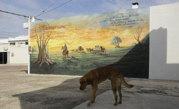El mural del artista plástico Rolando Geymonat que homenajea a los fundadores de la ciudad.<br>