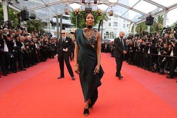 La modelo británica Naomi Campbell posó este lunes al llegar a la proyección de la película <i>BlacKkKlansman</i> en la 71 edición del Festival de Cannes